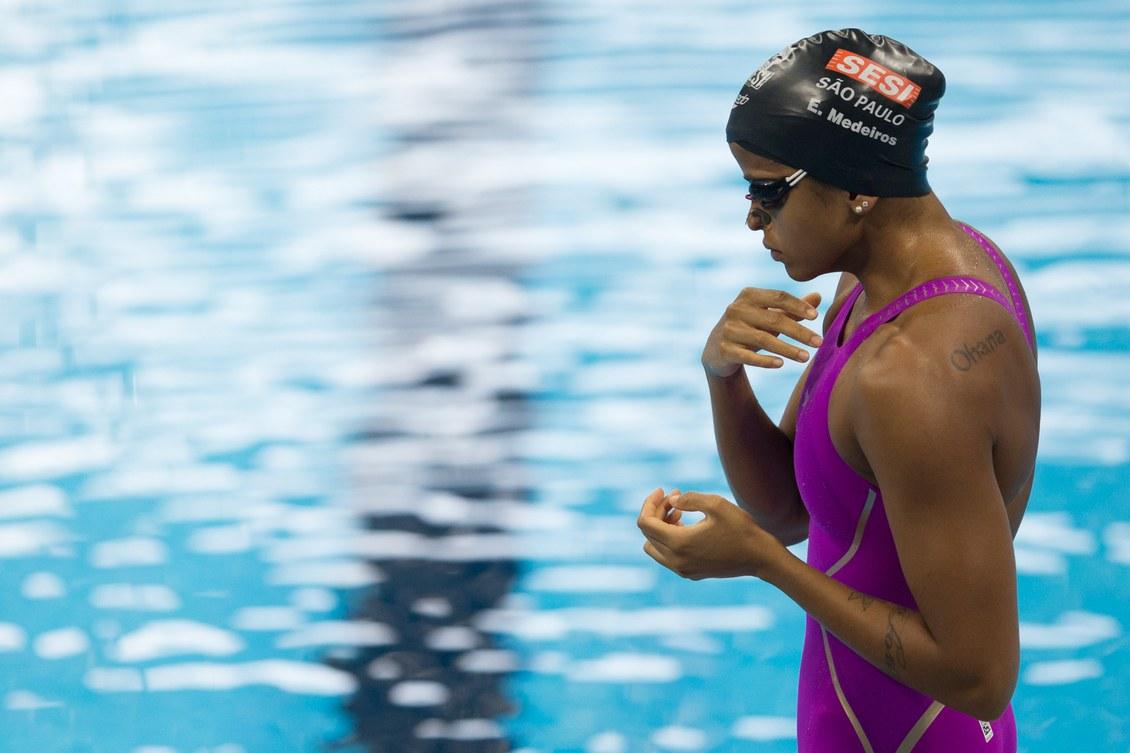 etiene-medeiros-conquista-o-indice-olimpico-para-os-100m-costas-o-mais-dificil