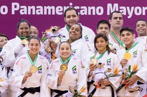 d005375a0eb Brasil derrota Cuba por 4 a 3 na final do Pan de judô por equipes mistas —  Rede do Esporte