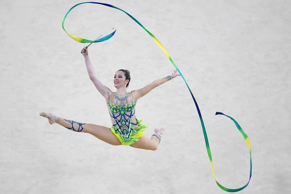 6502eaef7 Natália Gaudio durante a série das fitas nos Jogos Rio 2016  inspirando  novas gerações. Foto  Getty Images