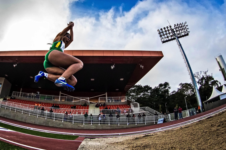 7716d1d0b8 Silvânia Costa bate recorde mundial do salto em distância do atletismo  paralímpico