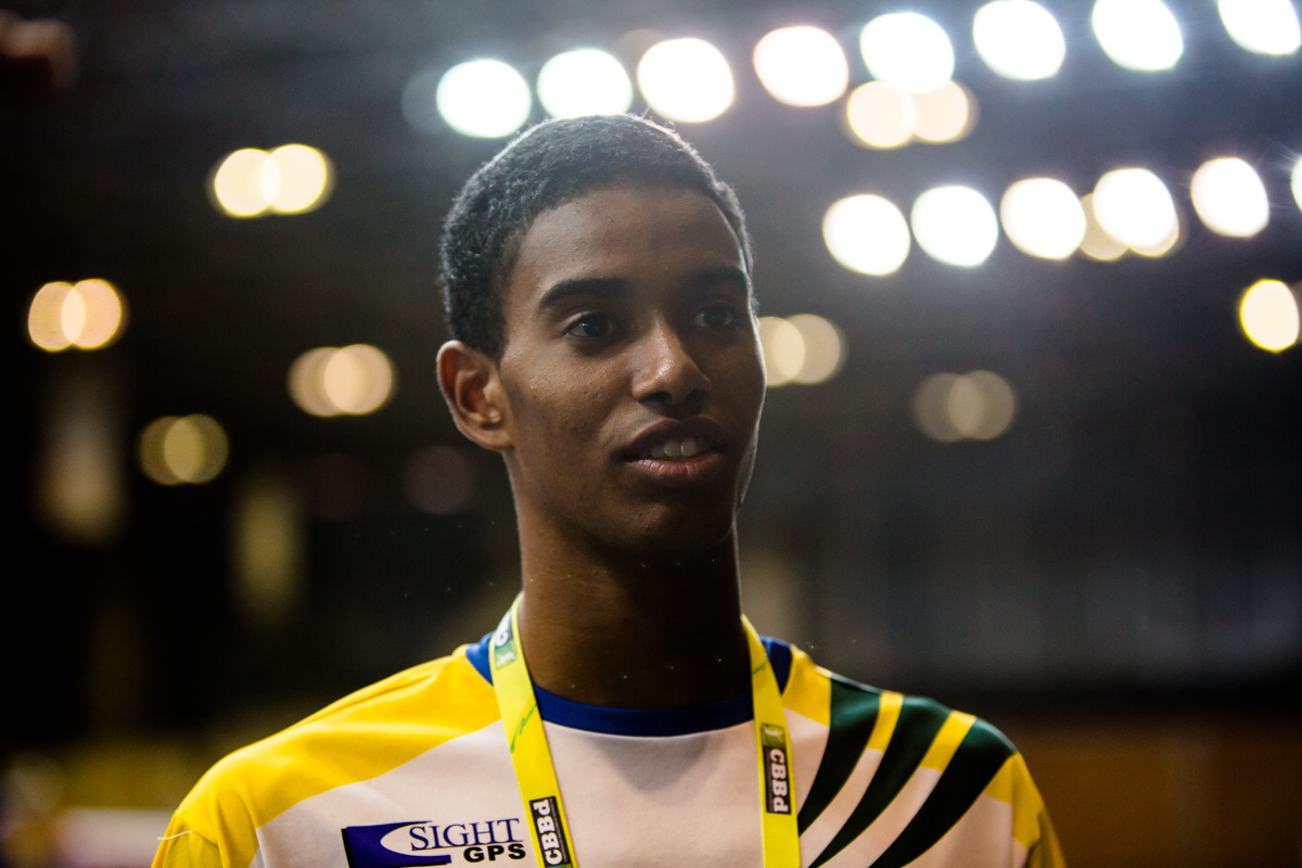 video-preparacao-de-ygor-coelho-para-representar-o-badminton-brasileiro-nos-jogos