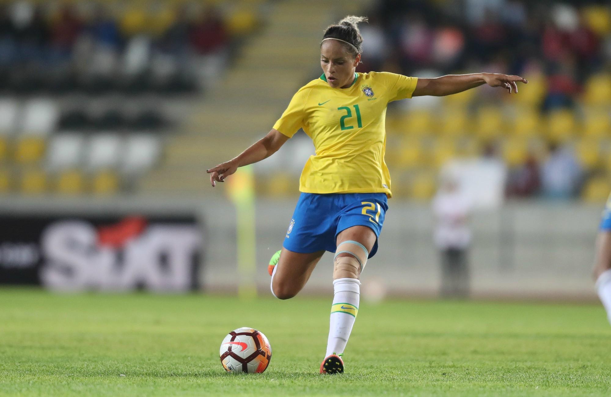 a9eb0ed524 Brasil vence Argentina na estreia da Copa América de futebol ...