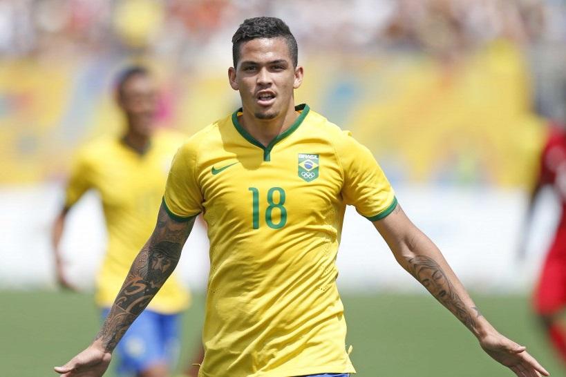 cdd828442d Luciano marcou o gol do empate brasileiro no tempo normal e depois fez mais  um na prorrogação para garantir a vitória. Foto  Rafael Ribeiro CBF